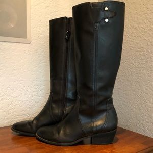 Shoes - Black Boots 👢